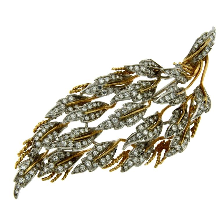 1970s Diamond 3 carat Leaves Gold Brooch/Pendant