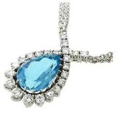 Spectacular Aquamarine & Diamond Necklace in White Gold