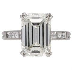 1950s emerald-cut diamond platinum ring