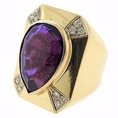 1980s Large Amethyst Diamond Gold Ring