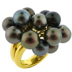 Tahitian Black Pearl Ring in Gold with 15 Moving Pearls