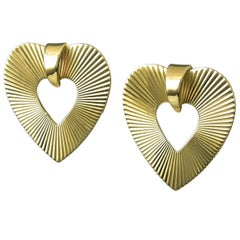 Retro Gold Heart Earrings