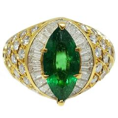 Exquisite Emerald Diamond Gold Ring