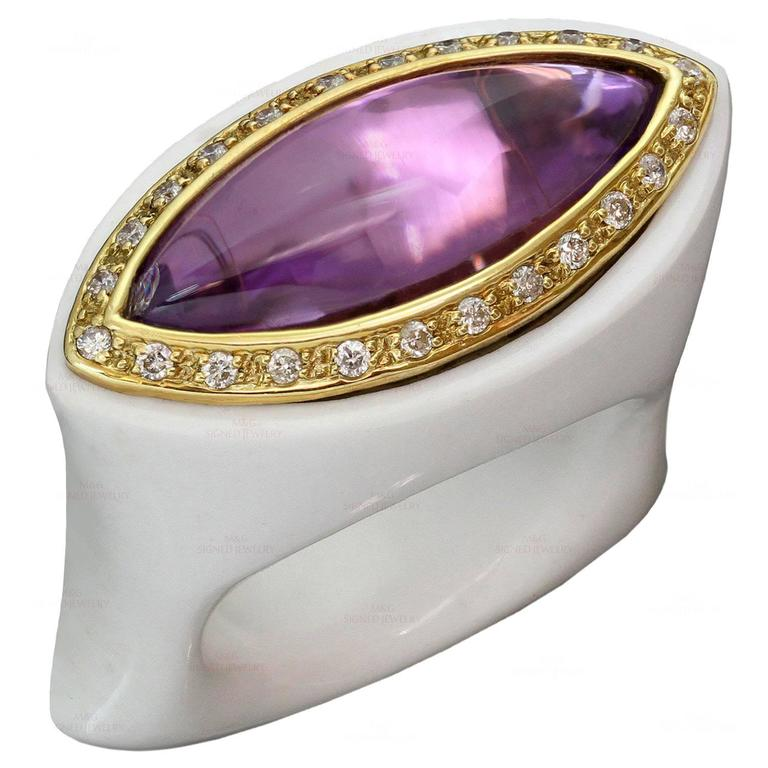 Amethyst Diamond White Agate Yellow Gold Ring Size 53