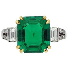 Natural Colombian 3.93 Carat Emerald Diamond Solitaire Ring