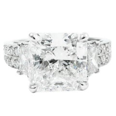 4.63 Carat GIA H VS2 Radiant Cut Diamond Pave Platinum Ring