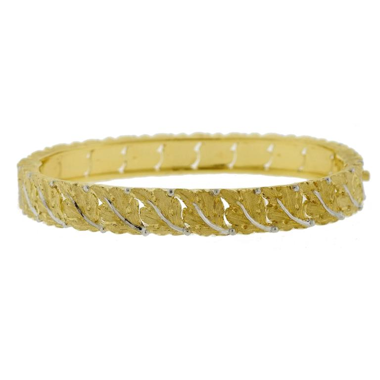 Buccellati Gold Leaf Motif Bangle Bracelet