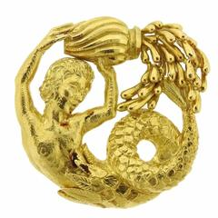 David Webb  Aquarius Zodiac Gold Pendant Brooch