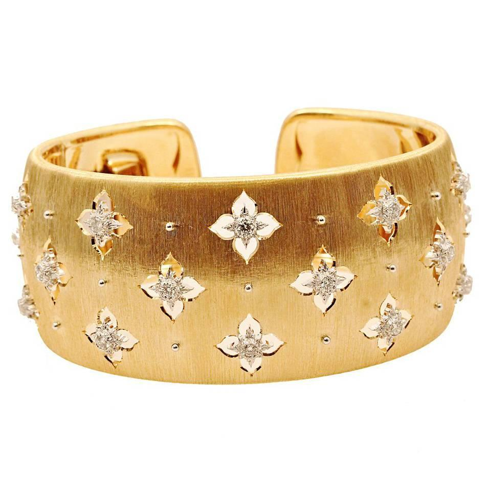 Buccellati Icona Collection Macri Cuff Bracelet With Diamonds For At 1stdibs
