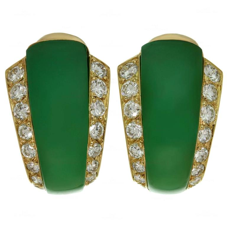 Van Cleef Arpels Green Chrysoprase Diamond Gold Earrings For