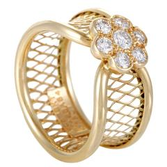 Van Cleef & Arpels Fleurette Diamond Gold Basket Weave Ring