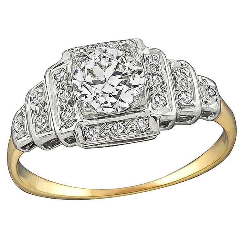 Enticing 0.70 Carat Diamond Gold Engagement Ring