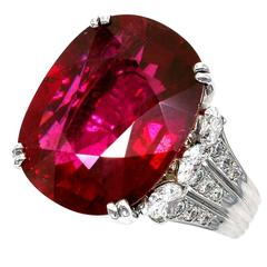 Claris.A 16.06 Carat Rubelite Diamond Gold Ring