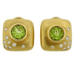1990s Angela Cummings Peridot Diamond Gold Earrings