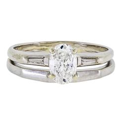 Pretty Diamond Solitaire and White Gold Ring