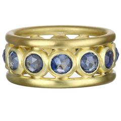 Faye Kim Rose Cut Blue Sapphire Gold Band Ring