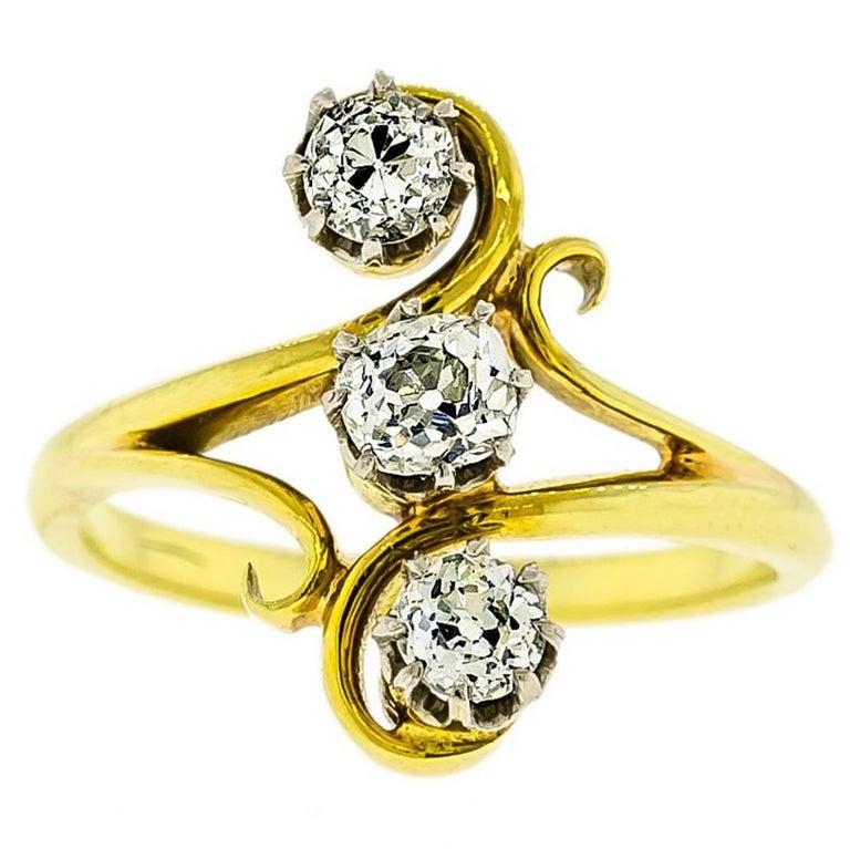 Delightful Art Nouveau Diamond  18K Yellow Gold Ring For Sale