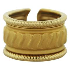 Carrera Y Carrera Yellow Gold Ribbed Design Ring