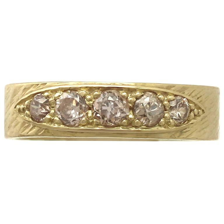 1970s Antique Diamond and Yellow Gold Ring