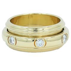Piaget  Yellow Gold Diamond Spinner Ring