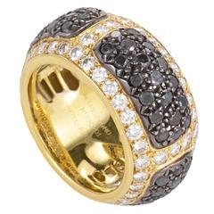 de Grisogono Black and White Diamond Yellow Gold Band Ring