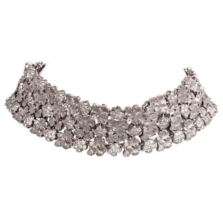 1990s Carrera y Carrera Diamond Gold Wreath Choker Necklace
