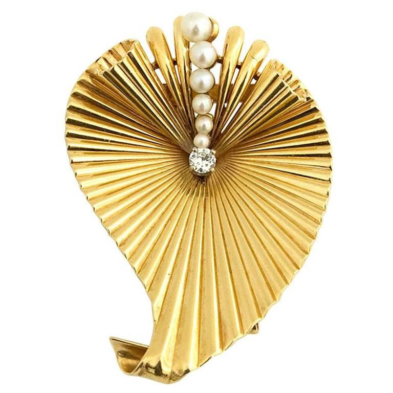 Pearl Diamond Gold Retro Brooch 1