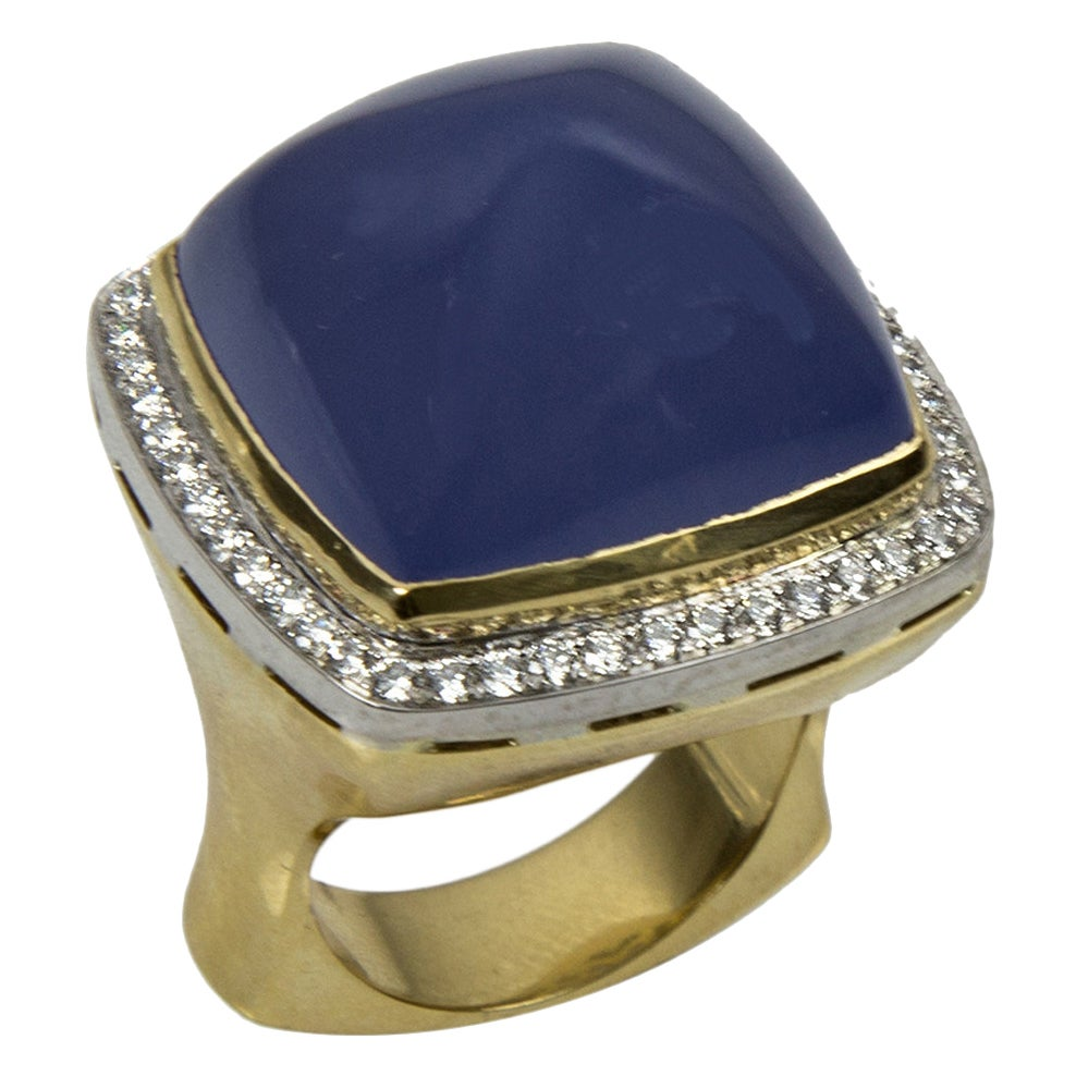Chalcedony Sugarloaf Diamond Gold Ring Estate Fine Jewelry