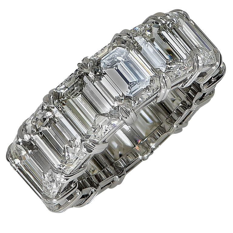 Exceptionally Handcrafted Platinum 14.17 Carat Emerald Cut Diamond Eternity Band