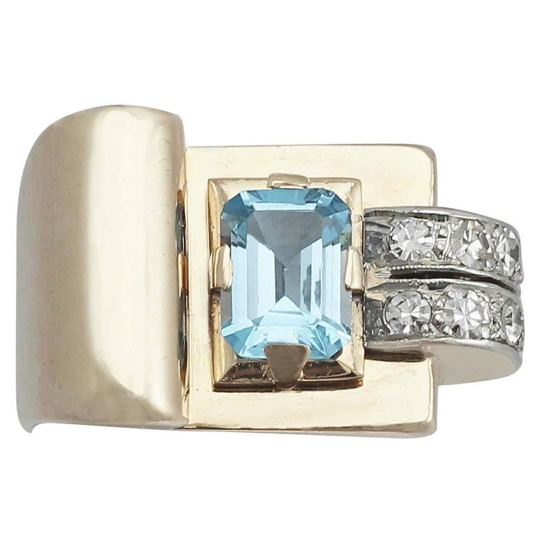 1930s 1.45 Carat Aquamarine & Diamond Yellow Gold Cocktail Ring For Sale