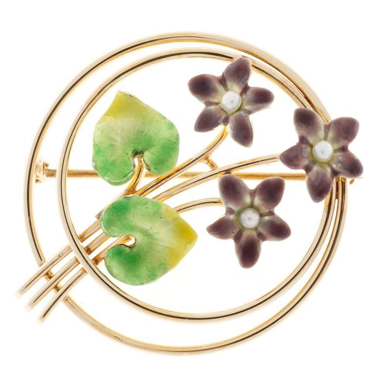 Krementz Pearl Enamel Rose Gold Flower Pin For Sale