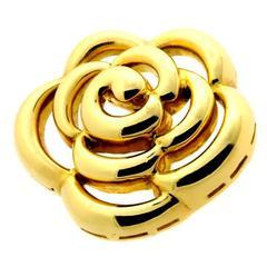 Van Cleef & Arpels Gold Flower Pendant