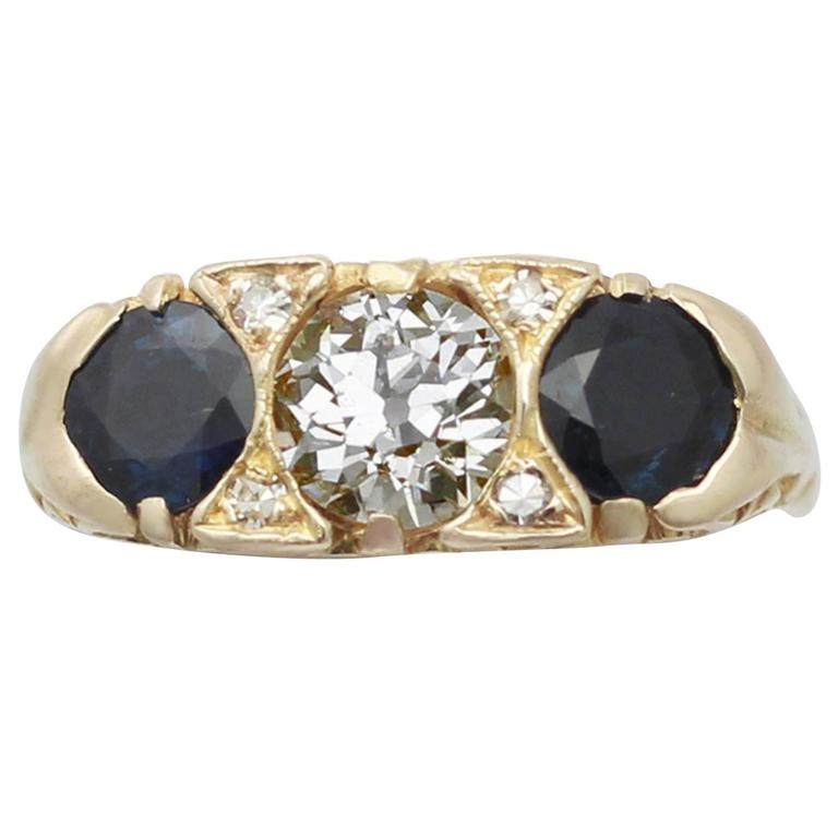 1900s 1.32 Carat Sapphire & Diamond Yellow Gold Cocktail Ring