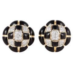 DAVID WEBB 18K Gold Black Enamel and Diamond Button Earrings