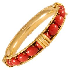 1960s David Webb Fine Mediterranean Coral Gold Bangle Bracelet