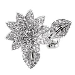 Van Cleef & Arpels Diamond Gold Lotus Ring