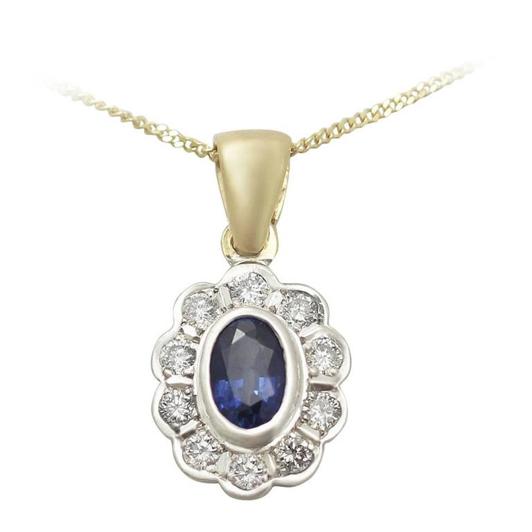 0.57 Ct Sapphire and 0.40 Ct Diamond, 18 k Yellow Gold Pendant - Vintage
