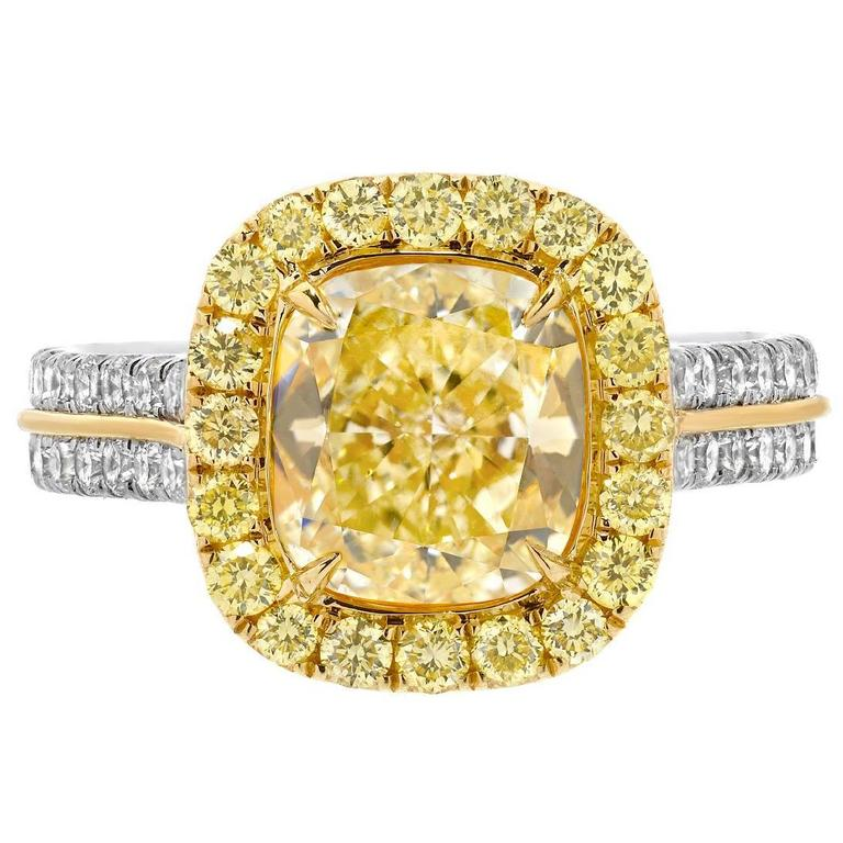 Tamir 2.40 Carat GIA Certified Fancy Light Yellow Diamond Gold Platinum Ring