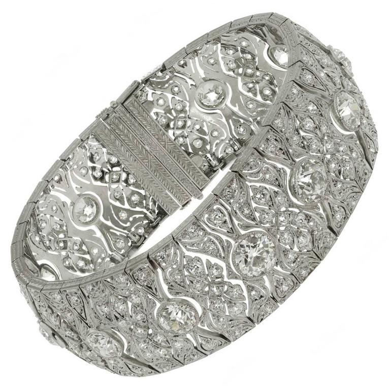 1920s Art Deco Diamond Platinum Filigree Bracelet