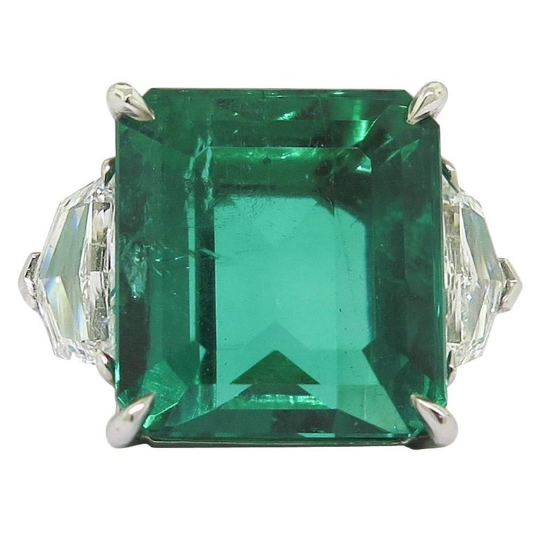 GIA Certified Natural 11.60 Carat Colombian Emerald Platinum Ring For Sale