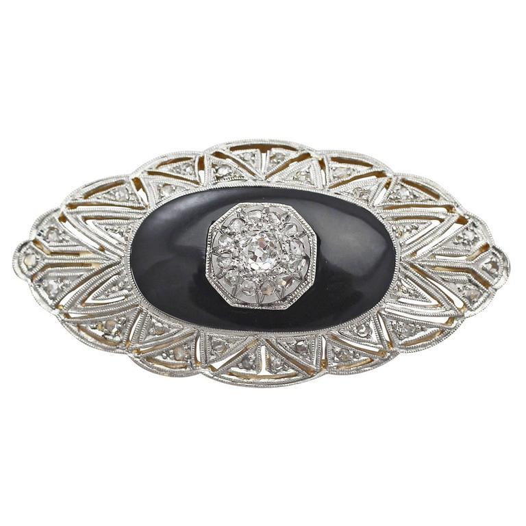 0.57Ct Diamond & Black Onyx, 15k Yellow Gold Brooch - Art Deco - Circa 1930