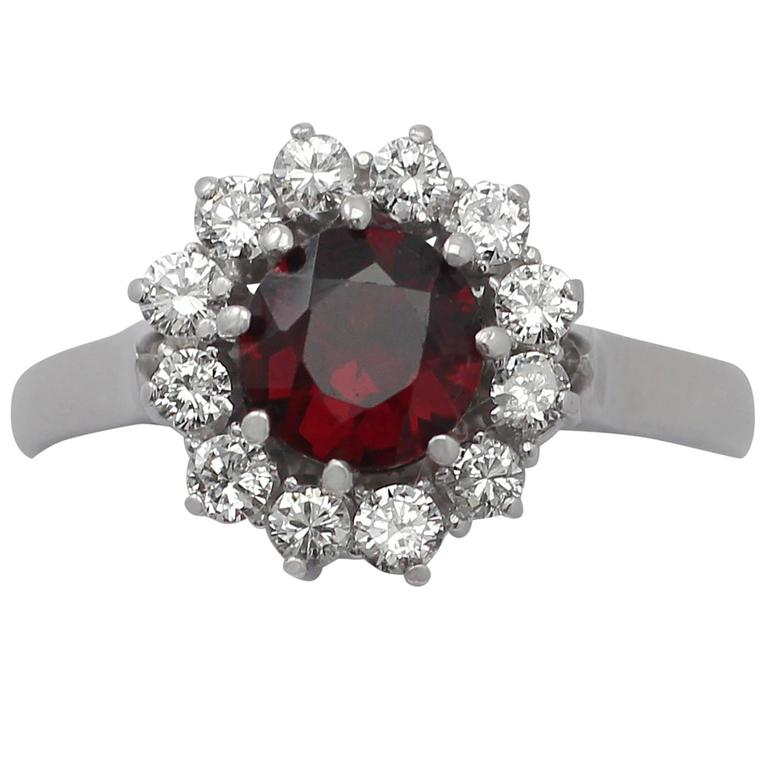 1990s 1.05 Carat Garnet and 0.36 Carat Diamond, 18k White Gold Cluster Ring