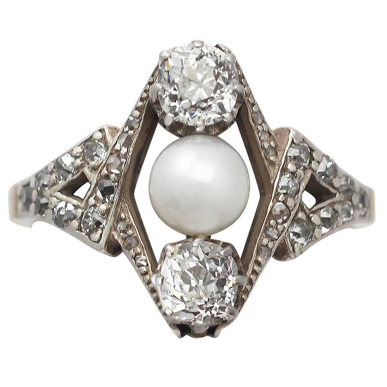 1900s Antique 1.15 Carat Diamond and Pearl Yellow Gold Cocktail Ring For Sale