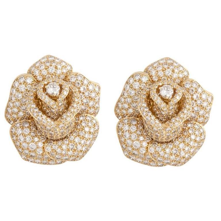 Giovane Diamond Gold Rose Earrings