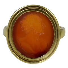 Handsome Gold Ring set with a Carnelian Intaglio of a man