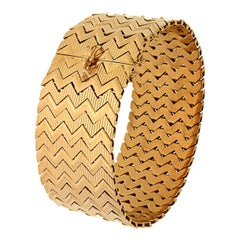 Antique 1950s Rose Gold Link Patterned Engraved Bracelet Made In Italy