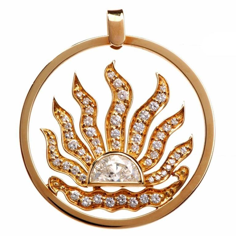 1970s Large Sunburst Diamond Gold Pendant