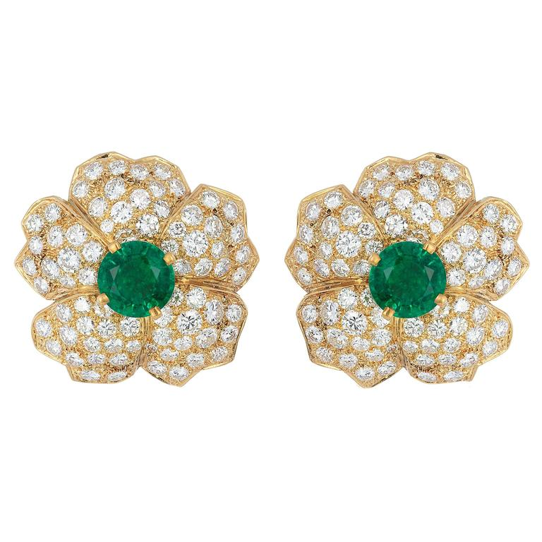 Cartier Emerald Diamond Gold Flower Earclips