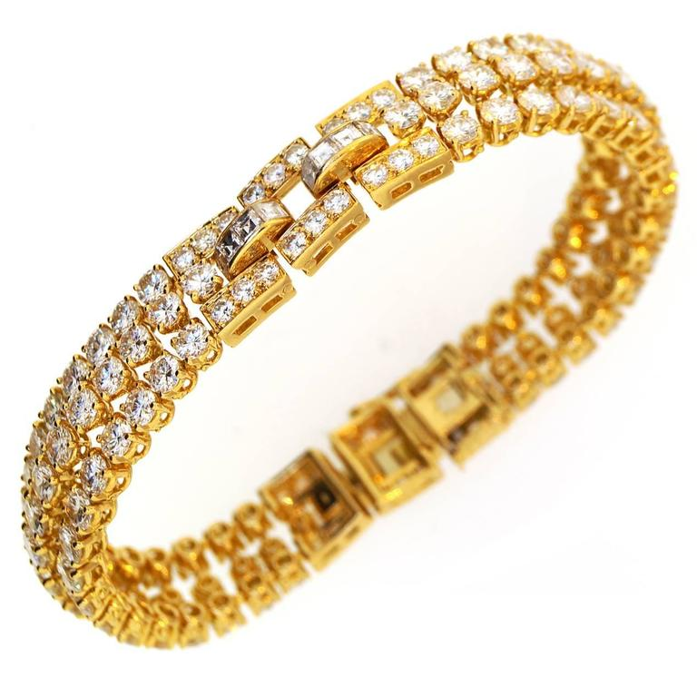 Cartier Diamond Gold Link Bracelet