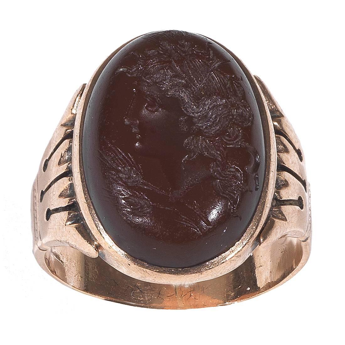 Antique Carnelian Gold Intaglio Ring